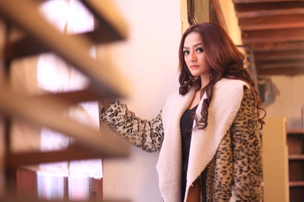 Siti Badriah Syuting Klip single Mama Minta Pulsa